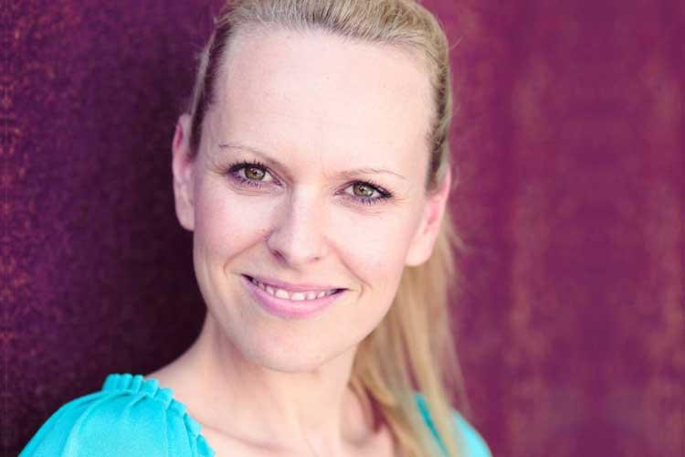 Rosenbund Freie Trauungen Traurednerin Nina Kraus
